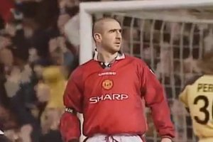 Manchester Utd and Sharp Kit
