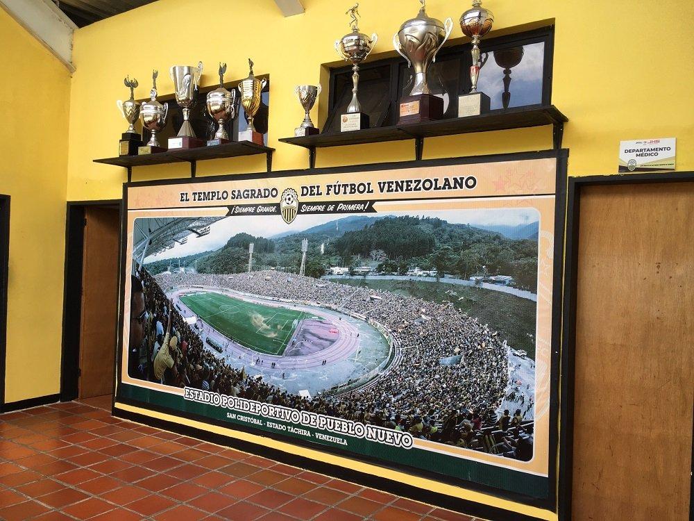 El Templo Sagrado del Fútbol Venezuela - Deportivo Táchira.
