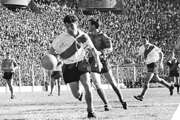 Omar Sivori River Plate vs Huracan